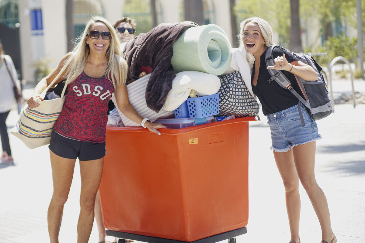 New students pose for a photo on move-in day on Aug. 22, 2019. ​