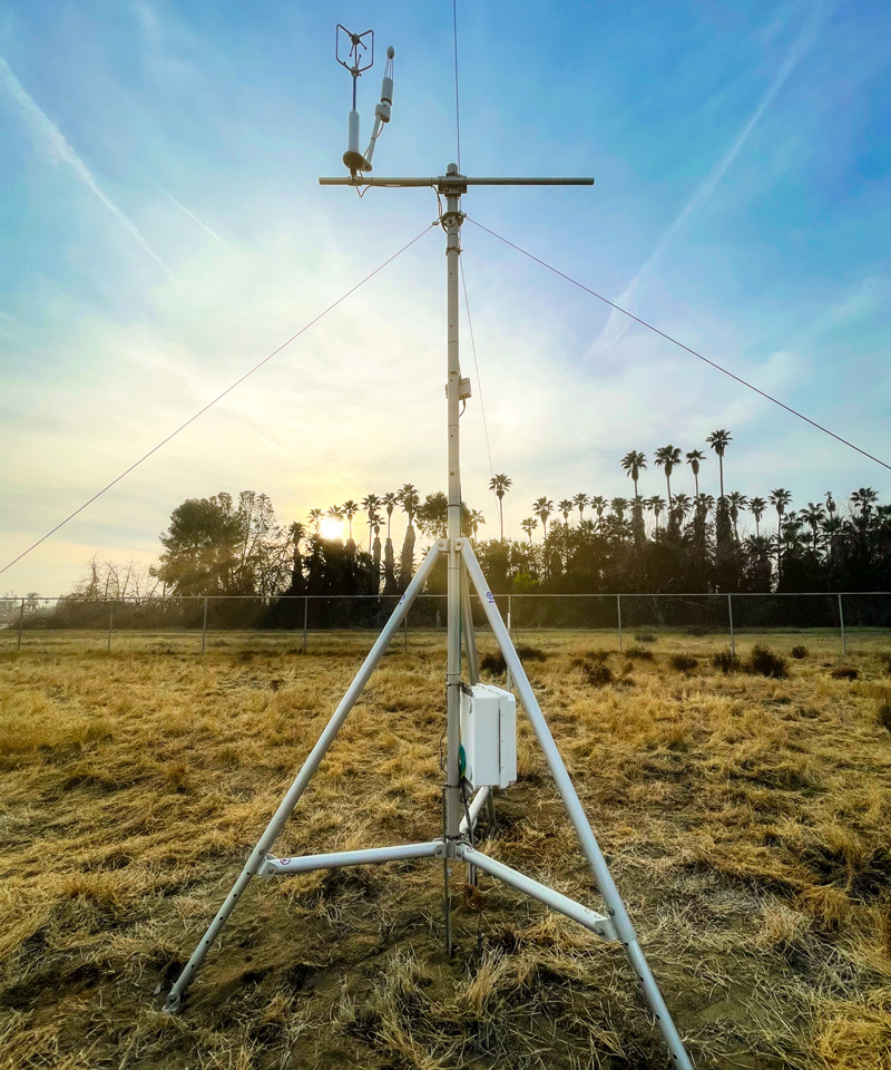 The Eddy Covariance Flux Tower on CSU Bakersfield's Environmental Studies Area.